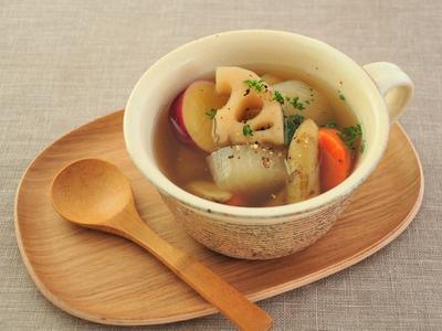 ごろごろ根野菜のあごだしスープ